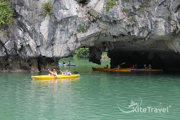 Kayaking-lan-ha