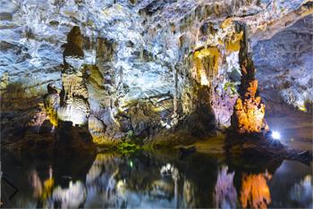 Tour du lịch Đà Nẵng Huế - Phong Nha - Bà Nà - Hội An- dong phong nha