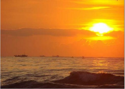 binh minh Bãi biển Mỹ Khê