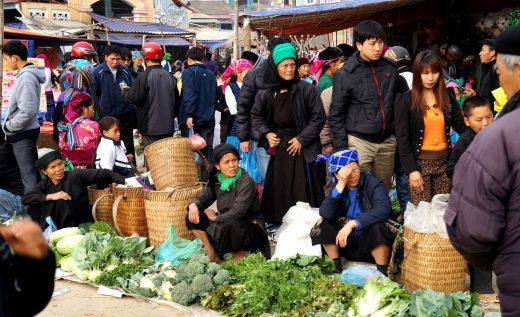Hình ảnh chợ phiên vùng cao Đồng Văn Hà Giang