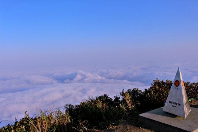 Khám phá đỉnh Chiêu Lầu Thi Hà Giang 9 tầng mây trắng - Việt Nam Travel 360