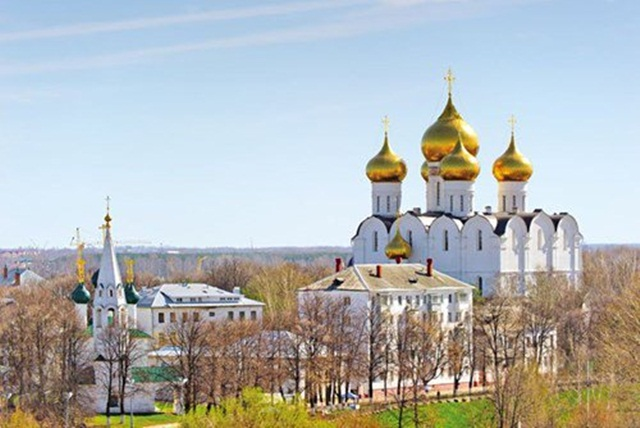 Du lịch Nga vào mùa xuân ở thành phố Yaroslavl