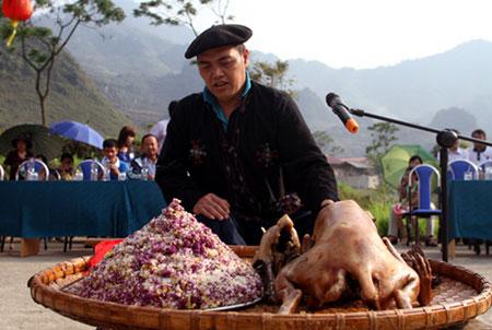 làng du lịch Lô Lô ở Mèo Vạc Hà Giang