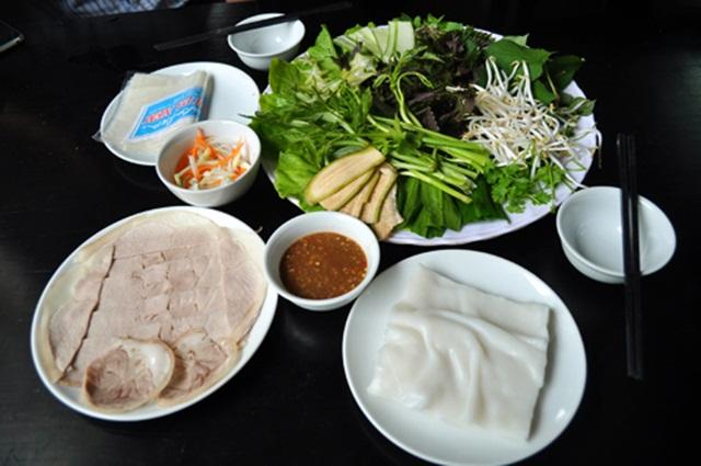 món ăn trưa ở đà nẵng