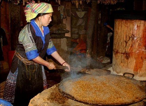 Rượu ngô Thanh Vân Hà Giang