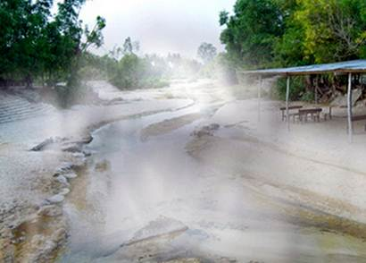 Suối nước nóng bản Mòng Sơn La