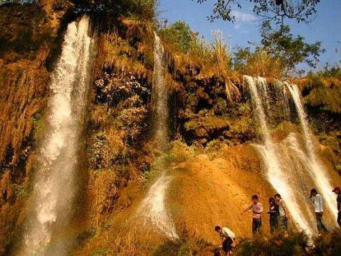 Bản Mòng Sơn La- điểm du lịch suối nước nóng